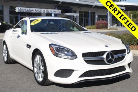 Certified Pre-Owned 2017 Mercedes-Benz SLC 300 RWD ROADSTER